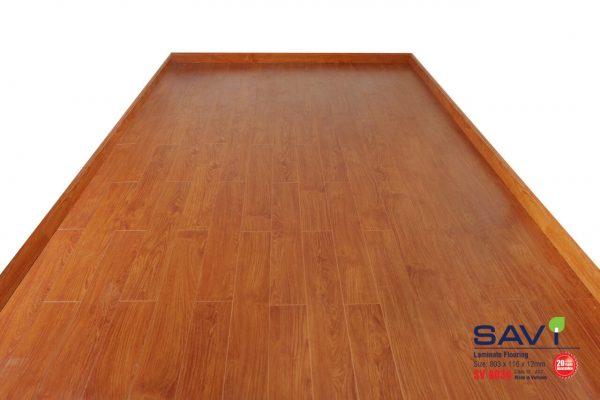 sàn gỗ trong nhà savi 8034