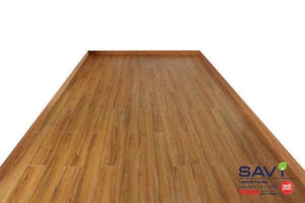 sàn gỗ trong nhà savi 8039
